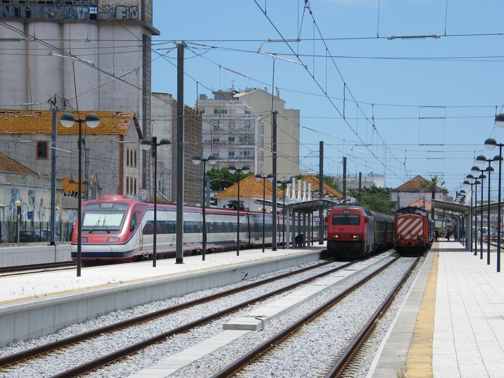 Train Station Faro Trains at Faro 01 07 14 Lexus Eindhoven